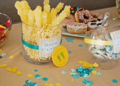 Blue-and-burlap-baby-shower-crafts