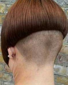 WEBSTA @ philipdrugeon - Photo du jour #haircutfetish #hairfashions #bobhaircut #blackbob #shavedhairdontcare #napeshave #napefetish #hairstyles #hairmodel