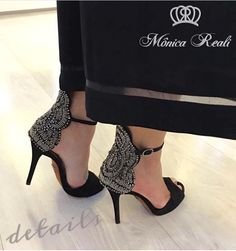 #cuero #fashion #quito #shoelover #lovemyshoes #style #shoeaddict #look #model #blogger #iloveshoes #glamour #moda #dpars #fashiondesigner #dparshoes #zapatos #quito #Ecuador #envios a todo el país, WhatsApp 0988280404