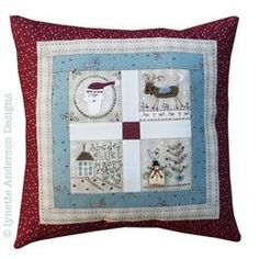 Christmas Friends Pillow Y391
