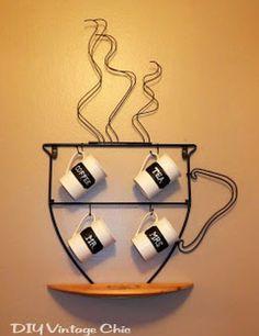 DIY Vintage Chic: Chalkboard Coffee Mugs.nevermind the mugs. Vintage Chic, Diy Vintage, Coffee Mug Holder, Coffee Cups, Coffee Latte, Art Fer, Painted Coffee Mugs, Decoration Vitrine, Coffee Bar Home