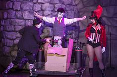 """HHN 22, Universal Studios Florida    Halloween Horror Nights 22′s new show, """"20 Penny Circus,"""" features a number of acts usually found in sideshows – such as the cinderblock smash.    Photo by Nick Chandler."""