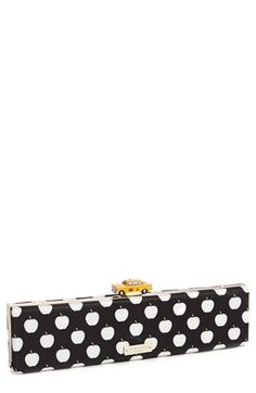 I am in LOVE with this clutch kate spade new york 'far from the tree - off duty' clutch available at Kate Spade Clutch, Kate Spade Handbags, Cheap Ray Bans, Cheap Ray Ban Sunglasses, Cute Purses, Purses And Bags, Cheap Kate Spade Purses, Kate Spade Outlet, Zapatos