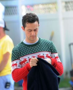 Pin for Later: This Week's Can't-Miss Celebrity Photos Christmas came early this year for Joseph Gordon-Levitt. He was seen filming Christmas Eve Project in New York. Celebrity Look, Celebrity Photos, Joseph Gordon Levitt, Love And Lust, Pretty Lights, Ugly Christmas Sweater, On Set, Photo Galleries, How To Look Better