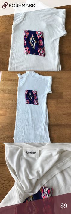 Aztec pocket patch top White with print pocket top size Medium. Washed but never worn. Purchased at online Boutique. Super soft fabric.   36-38 bust Style Rack Tops Tees - Short Sleeve