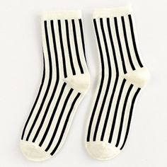 Pair of Chic Black Vertical Stripes Pattern Socks For Women