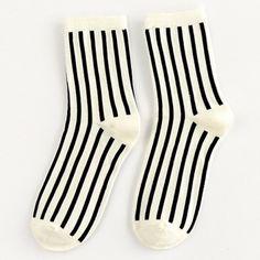 Pair of Chic Black Vertical Stripes Pattern Socks For Women