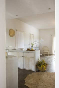 love the whites & soft casual living