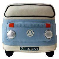 Viaxando en furgo: VW bus almohada de fieltro