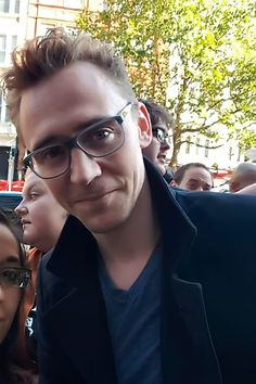 Tom Hiddleston at London Film Festival (High Rise Q&A - 11/10/2015). Photo source: https://twitter.com/aislingsiobhan/status/653204823815360513