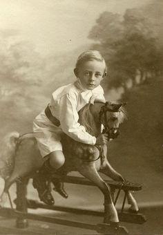 Полцарства за коня, фото подборка .
