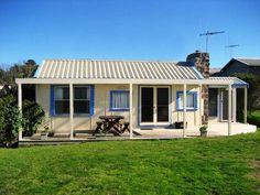 FAIRY BAY COTTGE | Port Fairy, VIC | Accommodation. From $157 per night. Sleeps 4.
