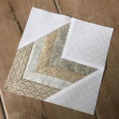Cool block...love the colors! Modern Quilt Blocks, Grey Quilt, Neutral Quilt, Strip Quilts, Easy Quilts, Mini Quilts, Pattern Blocks, Quilt Block Patterns, Arrow Quilt