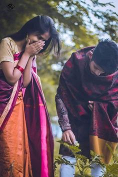 Young Couples Photography, Indian Wedding Couple Photography, Photo Poses For Couples, Couple Photoshoot Poses, Couple Photography Poses, Beautiful Profile Pictures, Best Couple Pictures, Romantic Couple Images, Love Couple Photo
