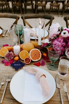 An Intimate Wedding at Korakia Pensione in Palm Springs - For My Wedding - OOOvb Barn Wedding Centerpieces, Wedding Decorations, Table Decorations, Centerpiece Flowers, Wedding Tables, Wedding Cake, Brunch Wedding, Chic Wedding, 1920s Wedding