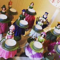 Blumenmädchen-Parade #WisteriasRoom #potsdam #berlin #shoplocal #shop #british #light #living #accessory #roses #decoration #interiordesign #organics #organiccotton #instahome #fashion #towel #pillow #design #creative #shabbyhomes #vintagestyle