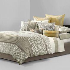 Natori Comforter Set