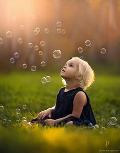 Magical photo with the bubbels and the beautiful light (Photograph We Dream by Jake Olson Studios on 500px)