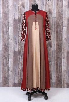 Beautiful Muslin/ silky cotton kurti with superb Patten, color combination and trims. It's my Hit design. Stylish Dress Designs, Stylish Dresses, Modest Dresses, Fashion Dresses, New Dress Design Indian, Indian Designer Wear, Indian Gowns Dresses, Pakistani Dresses, Muslim Fashion