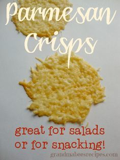 These Parmesan Crisps make a great salty, crunchy snack, or they are a great way to dress up an ordinary salad. Because they are slightly salty and cripsy, they add a great flavor. Recipes Appetizers And Snacks, Snacks Für Party, Appetizer Dips, Healthy Snacks, Snack Recipes, Cooking Recipes, Desserts, Snack To Go, Pan Relleno