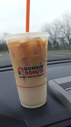Dunkin' Donuts Secret Menu: 12 Hidden Menu Items & Counting You'll probably agree with me when I say: Dunkin Donuts is always a go-to for a good coffee and a quick bite. The only problem I've had with Dunkin Donut. Dunkin Iced Coffee, Vanilla Iced Coffee, Best Iced Coffee, Iced Coffee Drinks, Coffee Tasting, Dunkin Donuts Cappuccino, Healthy Iced Coffee, Iced Latte, Coffee Shops