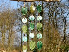 Gartendekoration - Keramik Windspiel Klangspiel Blätter grün blau - ein Designerstück von gedemuck bei DaWanda