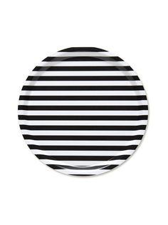 The Tasaraita tray by Marimekko has a round shape and features a beautiful stripe pattern. The pattern was created in 1968 by the Finnish designer