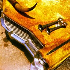❦  cowboycouture:  Cowhide Caddy