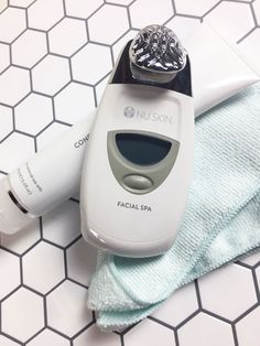The dream team 🎉🥇The Nu Skin Facial Spa with Conductive Gel will leave people wondering about your age- AND your secret! Galvanic Facial, Ageloc Galvanic Spa, Eyebrows, Eyeliner, Spa Packages, Make Up Videos, Makeup Routine, Face Care, Body Care
