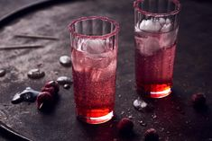 Sweet'n'sour-Drink - Rezepte | fooby.ch Sour Drink, Pint Glass, Beer, Mugs, Drinks, Tableware, Good To Know, Simple, Mixed Drinks Alcohol