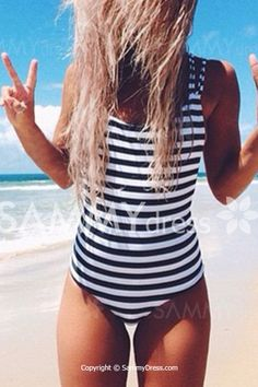 Stylish U Neck Backless Striped One-Piece Swimsuit For Women