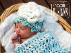 Free PDF Pattern for making a Newborn Baby Hat and Cocoon out of Bulky Yarn