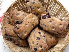 Brot & Bread: OLIVE BREAD - DON'T THE ANDERSONS HATE OLIVES?