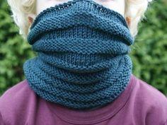 Kløfri hals til barn! Knit Picks, Knitted Gloves, Drops Design, Knitting For Kids, Tweed, Scarfs, Children, Fashion, Loom Knit
