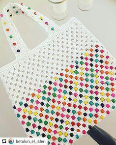 • • • Rengarenk boncuklu cantamizda hazir. Crochet Shell Stitch, Bead Crochet, Filet Crochet, Crochet Stitches, Crochet Clutch, Crochet Handbags, Crochet Purses, Crochet Bags, Knitting Patterns Free