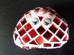 """Deko-Objekte - Glücks-Stein """"LADY IN RED"""" - GS105 - ein Designerstück von mein-i-puenktchen bei DaWanda"""