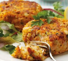 Extra Off Coupon So Cheap Low FODMAP Recipe and Gluten Free Recipe - Salmon & lemon fish cakes Fodmap Recipes, Dairy Free Recipes, Fish Recipes, Seafood Recipes, Gluten Free Recipes, Healthy Recipes, Fish Cakes Recipe, Smoked Salmon Recipes, Recipes Dinner