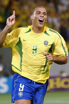 No Ronaldo - the Brazilian became the tournament& leading scorer of all time in 2006 with 15 goals, contributing two in the final against Germany to secure the Jules Rimet trophy Soccer Players, Football Soccer, Brazilian Ronaldo, Jules Rimet Trophy, World Cup Trophy, Derp, Aesthetic Pictures, Maryland, Roman