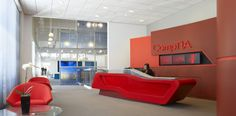 Bernhardt Design's Remy chair at CompTIA by Perkins+Will Corporate Interiors, Office Interiors, Country Office, Office Entrance, Usa Country, Interior Design Business, Educational Programs, Lounge Seating, Information Technology