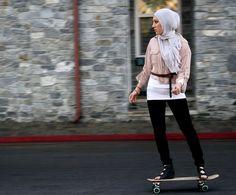 The art of skateboarding in Lebanon #women #MiddleEast