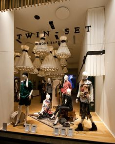 Twin Set windows 2014 Fall, Milan – Italy window display