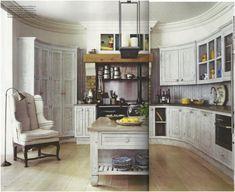 Old world kitchens meet the 21st century | roomology