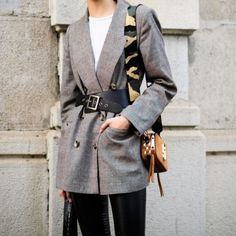 belted blazer #details