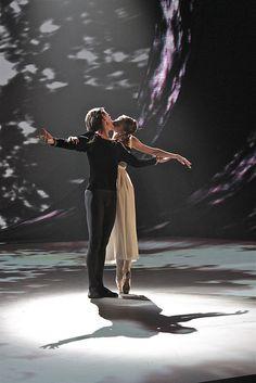 Olga Smirnova and Vladislav Lantratov (Bolshoi Ballet) |