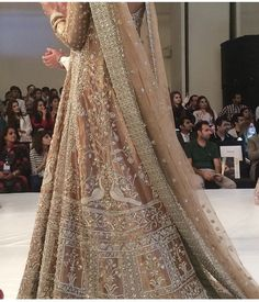 Gorgeous outfit by sania maskatiya