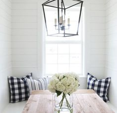 Home Trends | Modern Farmhouse Lighting