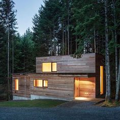 Next in our showcase of this year's @architizer A+Awards winners is a wooden artist's retreat on Vancouver Island by Toronto firm Agathom. Find out more on dezeen.com/architecture #architecture #house #Vancouver