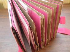 album z torebek papierowych