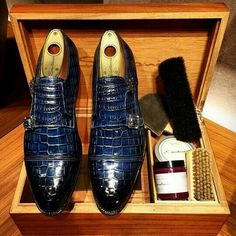 Handcrafted Men s Double Monk Strap Genuine Alligator Leather Modern  Classic Dress Shoes Uomini Dapper 0254fd00de3