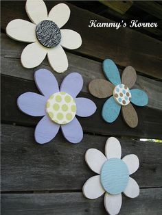 Kammy's Korner: DIY Plywood Wall Flowers
